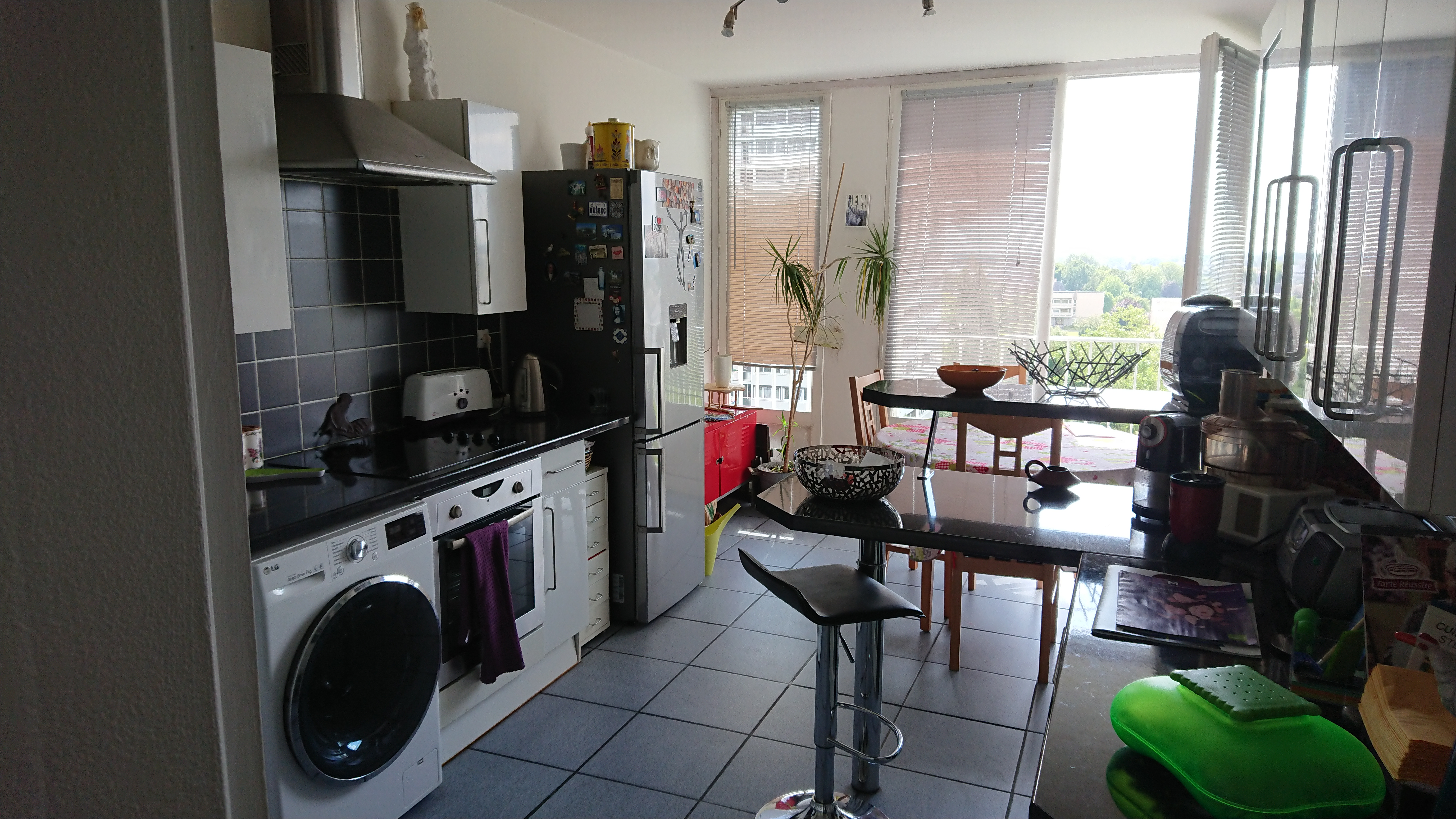 A VENDRE  BEL APPARTEMENT T4  ANGERS