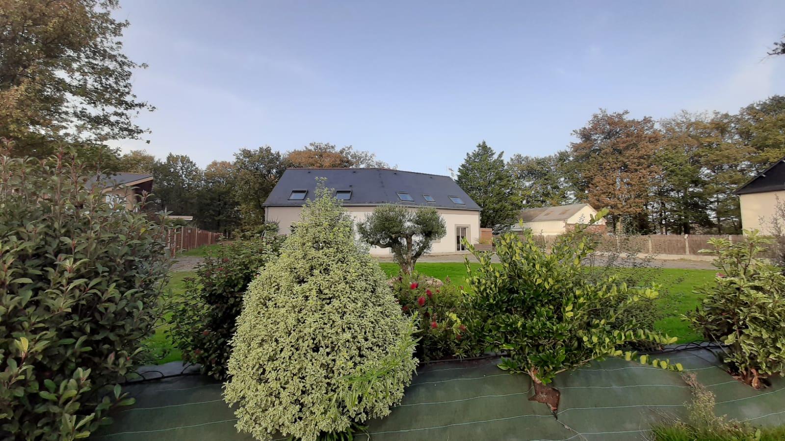 Maison au calme de 150 m² sur terrain paysagé