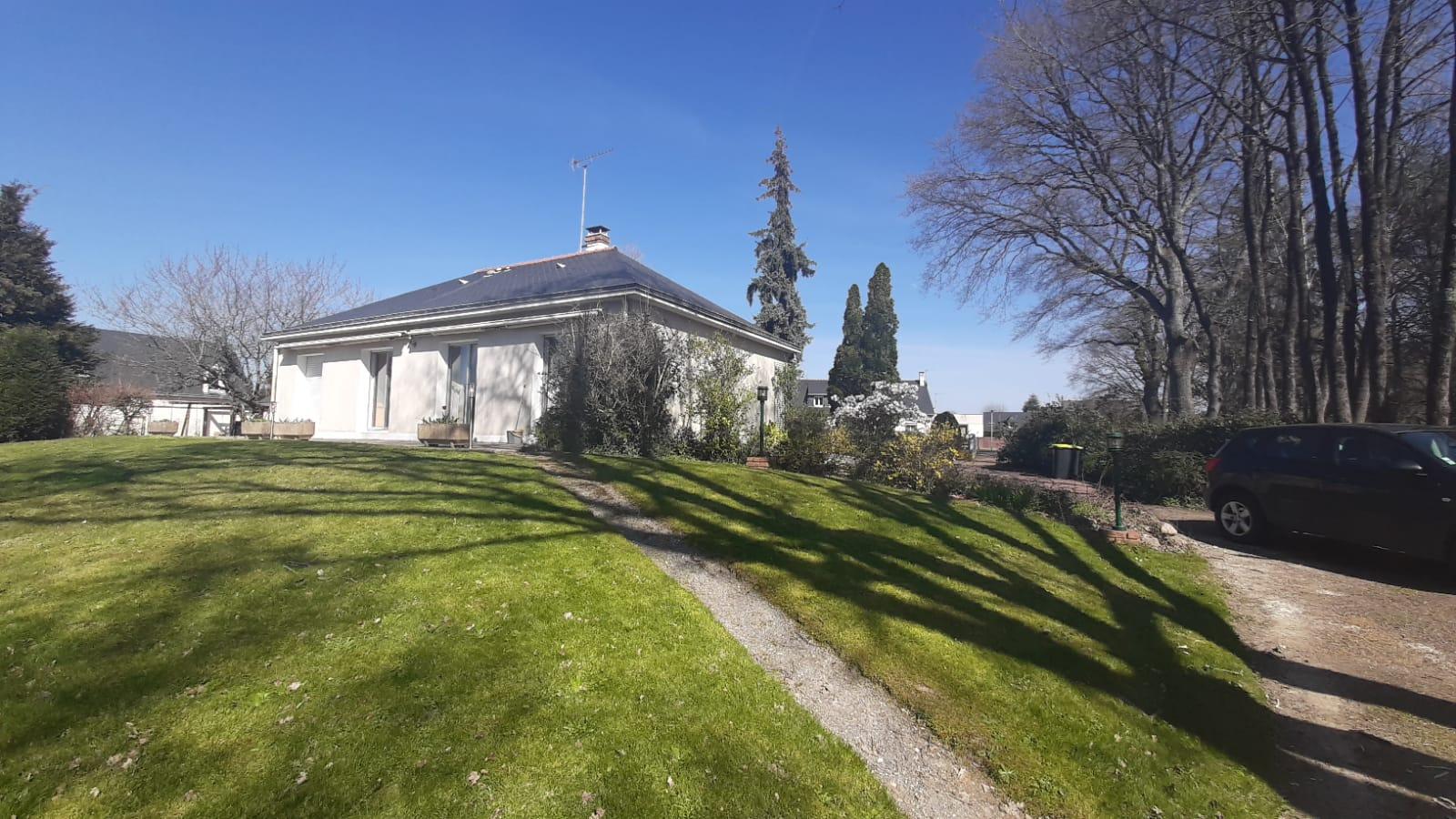 Maison à Saint Jean de Linières – 49070